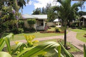 Hotel La Roussette Seychelles Garden and Entrance to hotel