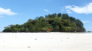 Top 5 Islands in Seychelles - Moyenne Island